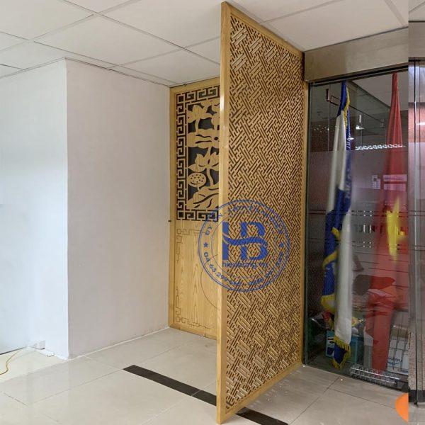 Vách ngăn phòng thờ gỗ sồi đẹp giá rẻ ở Hà Nội | Vách ngăn