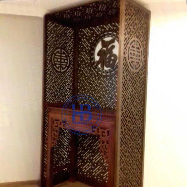 Vách ngăn phòng thờ gỗ sồi màu gụ đẹp