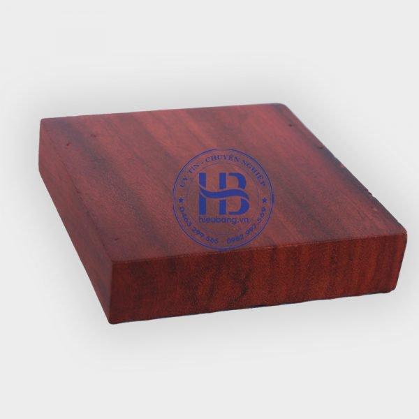 Gạt tàn thuốc gỗ Hương chữ Phúc